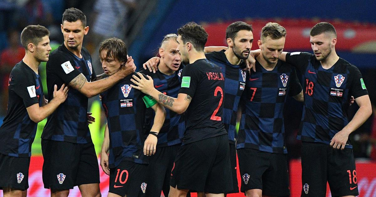 Croatia beat Russia on penalties to book semi-final spot