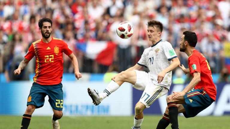 Russia defeat Spain 4-3 on penalties