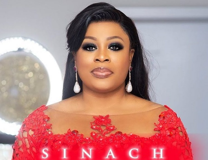 Nigerian Gospel singer, Sinach welcomes  1st child